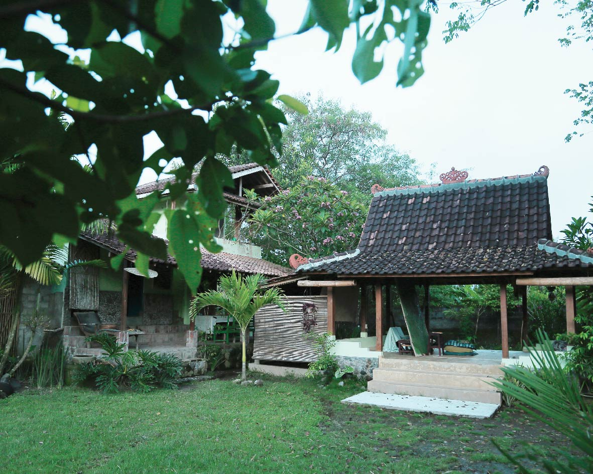 brahma-tirta-sari-studio